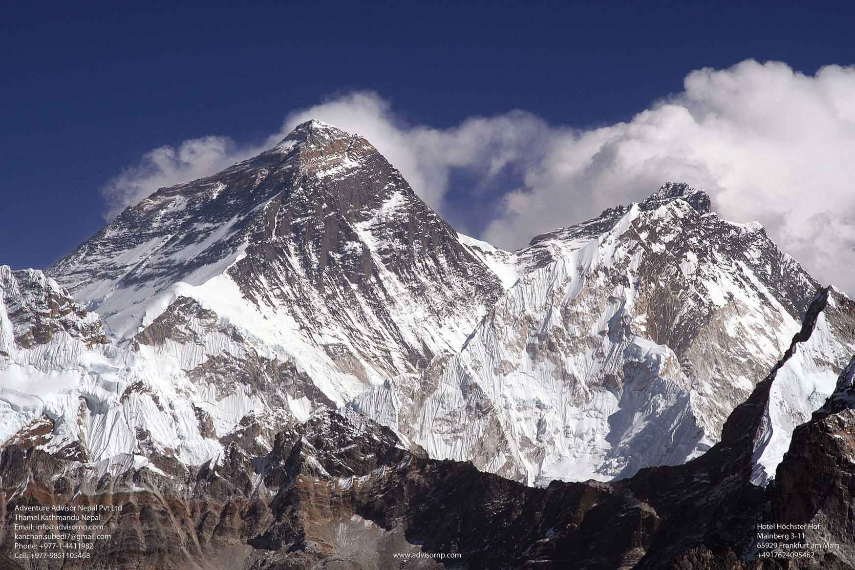 Everest  High Pass Trek 20 Days